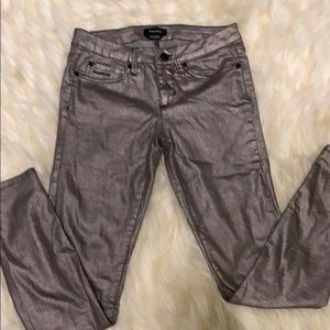 Women size 26 Bebe Metallic Jeans